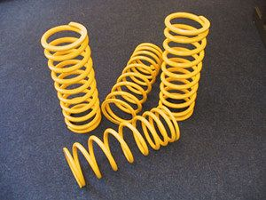 Britpart HD Yellow Coil Springs (pair) - Front 230lbs/inch